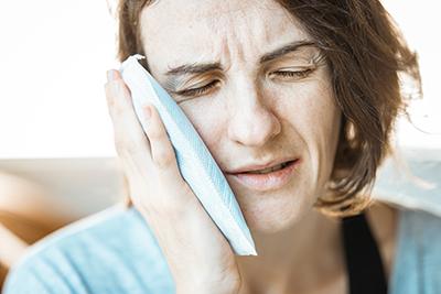 Wat te doen bij kiespijn of tandpijn